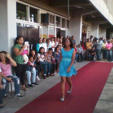 Inces Miranda celebró con desfile de moda