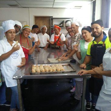 Programa Turismo de Miranda inició el curso Panadería Artesanal